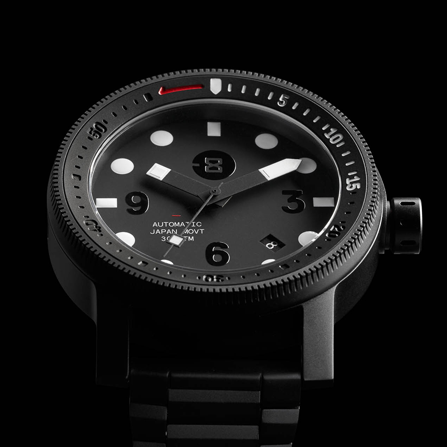 The Diver - Titanium / Black