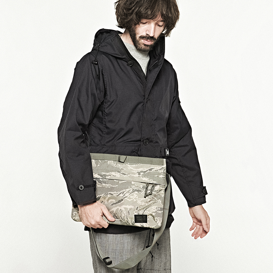 Padded Shoulder Bag - ABU Camo
