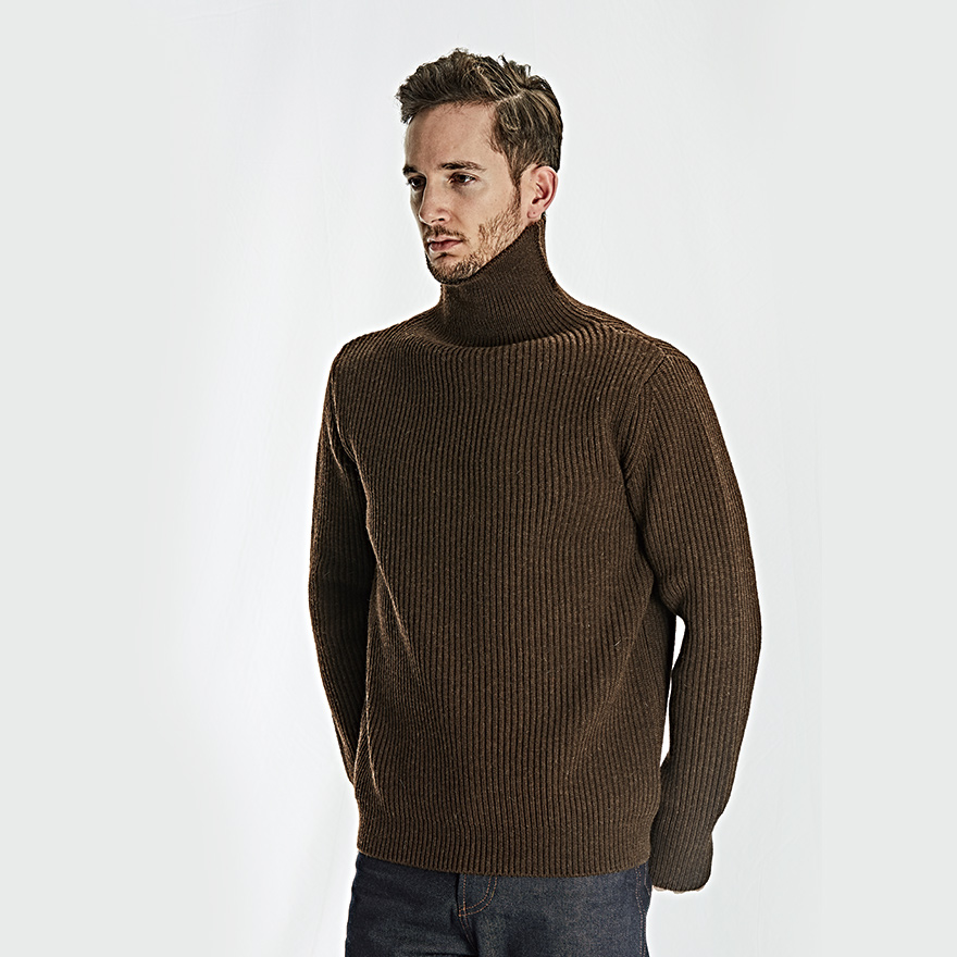 [진열상품] Navy Turtleneck - Natural Brown