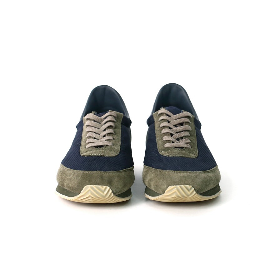 Canadian Military Trainer - Navy/Khaki