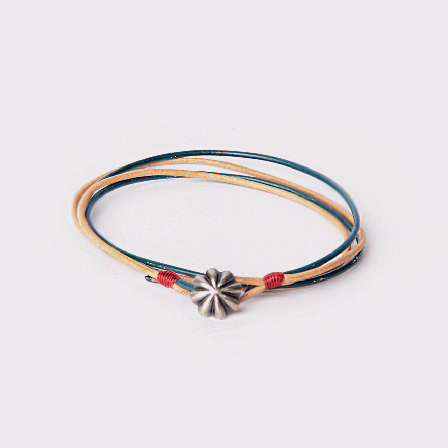 Small Concho Leather Bracelet - Natural&Green