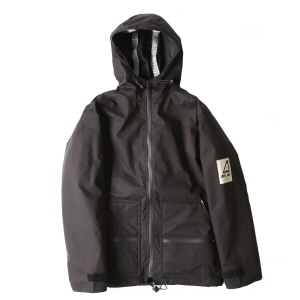 Essential Rainshield - Black