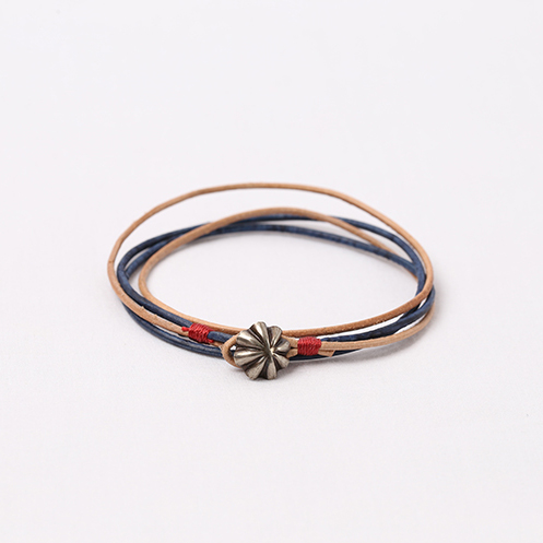 Small Concho Leather Bracelet - Natural&Blue