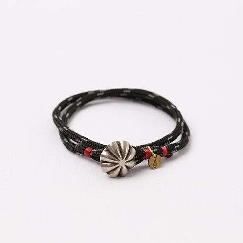 Concho Nylon Bracele - Black&Silver