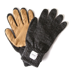 Wool Glove with Natural Deer - Black